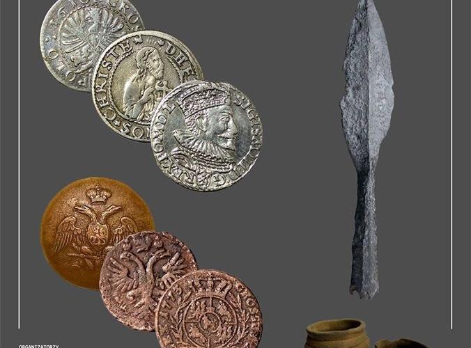 Wystawa podsumowująca działania archeologiczne w Pułtusku i regionie w latach 2009-2019.