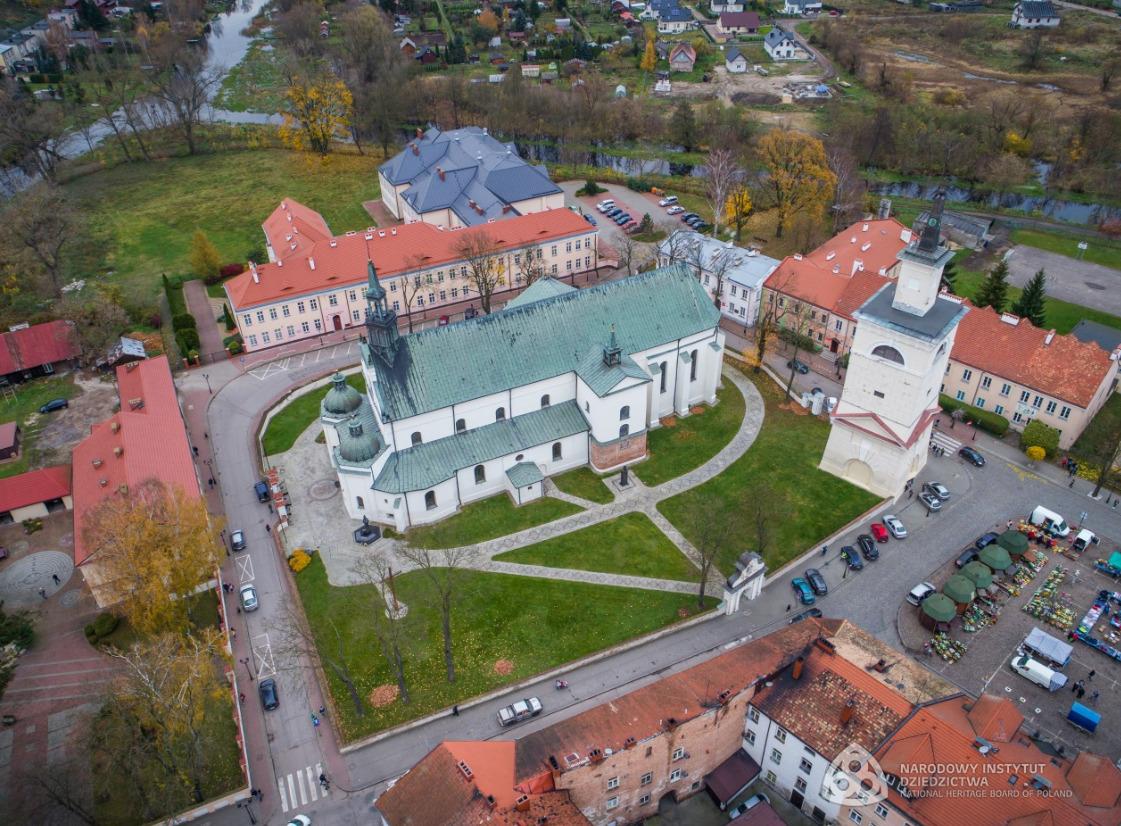 """Pułtusk """"Szlakiem miejsc niezwykłych – pomniki historii"""" – emisja w TVP Kultura"""