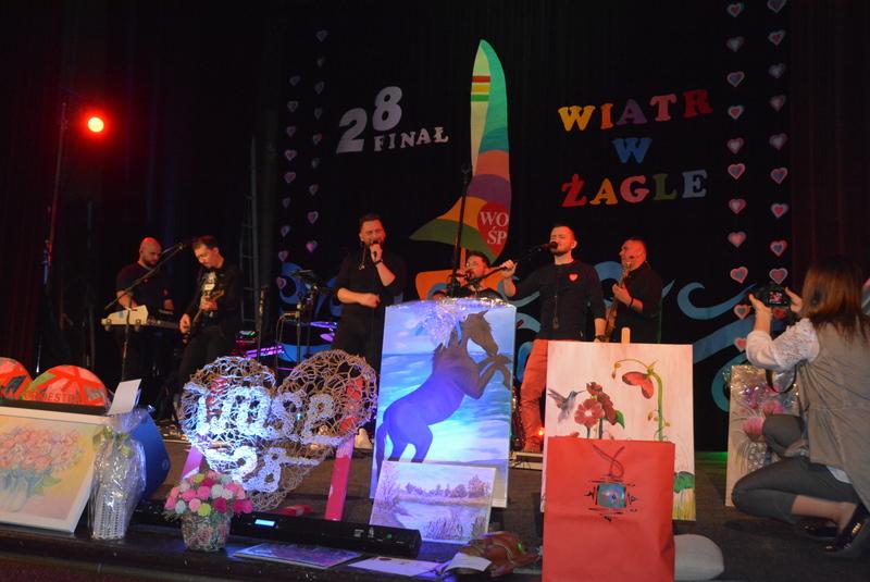Grupa Prestige na scenie podczas 28. Finału WOŚP