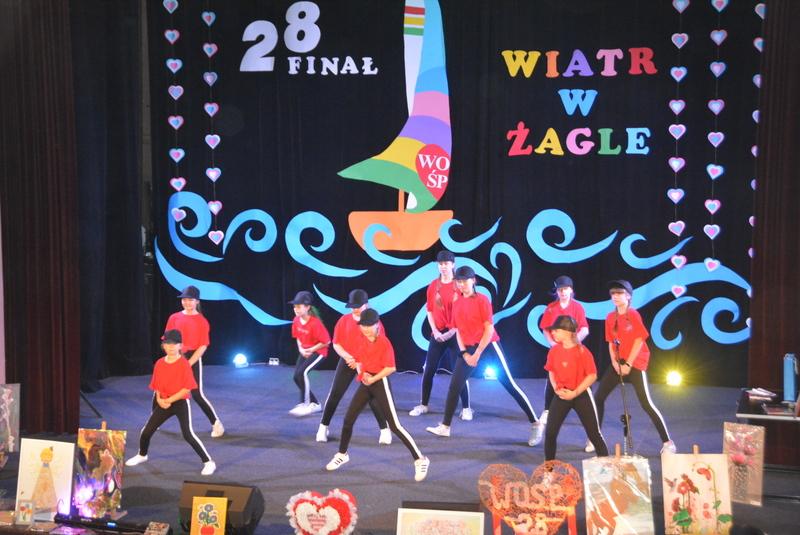 Pokaz taneczny w wykonaniu grupy SWAG