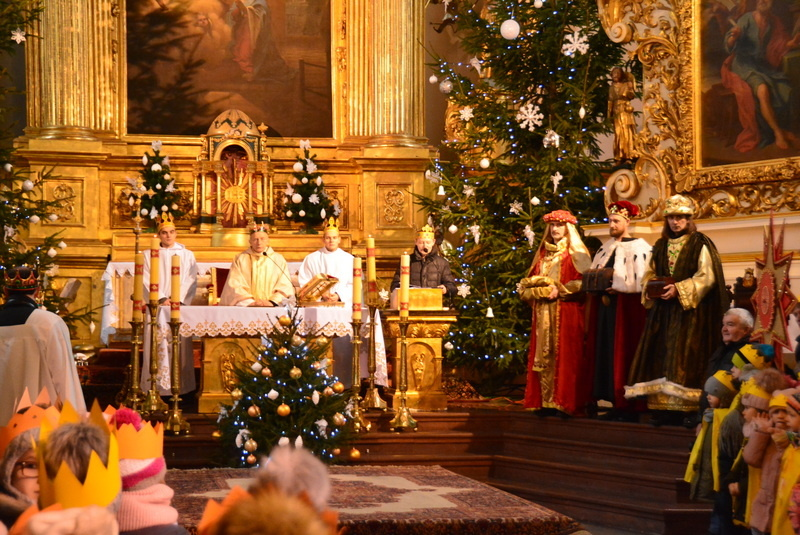 Orszak Trzech Króli, uroczystości w kościele
