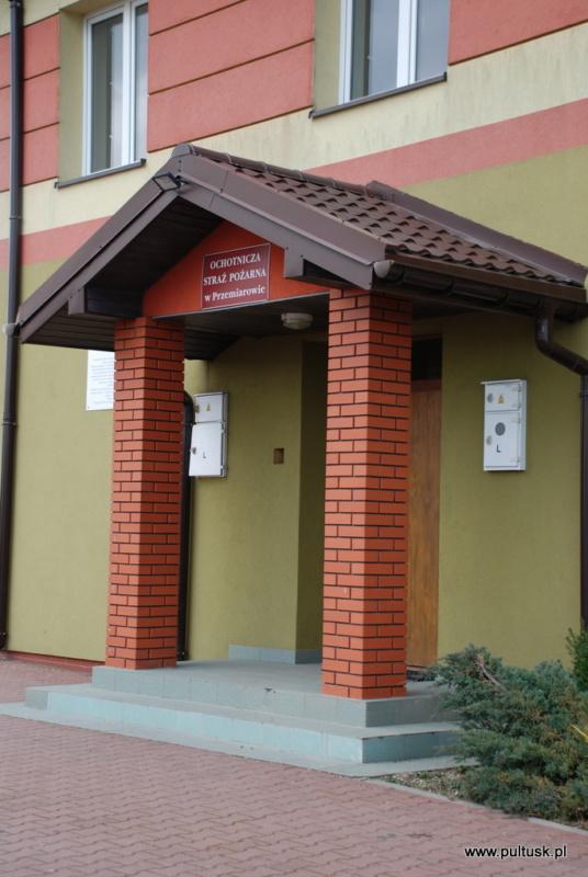 wyremontowany dach świetlicy w Przemiarowie