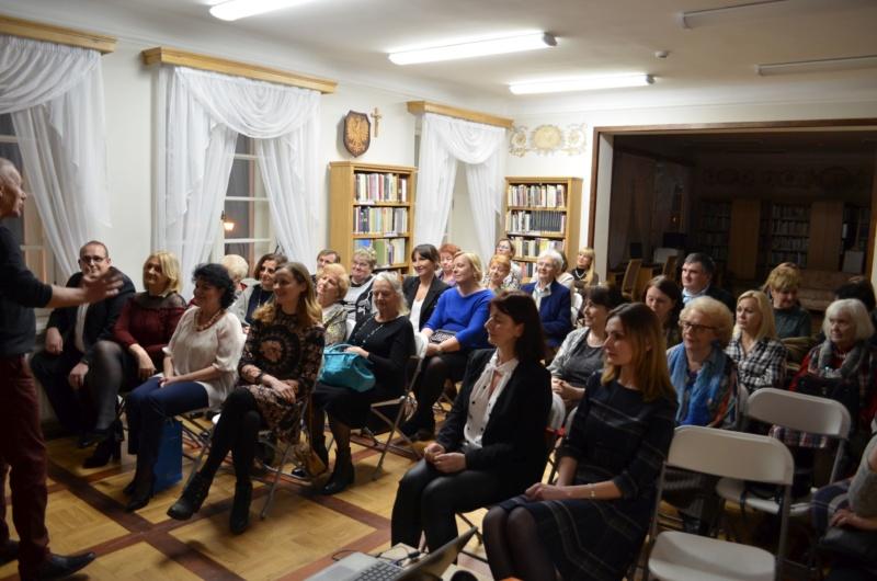 rozmowa z publicznoscią