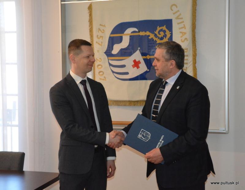Zastępca burmistrza Mateusz Miłoszewski