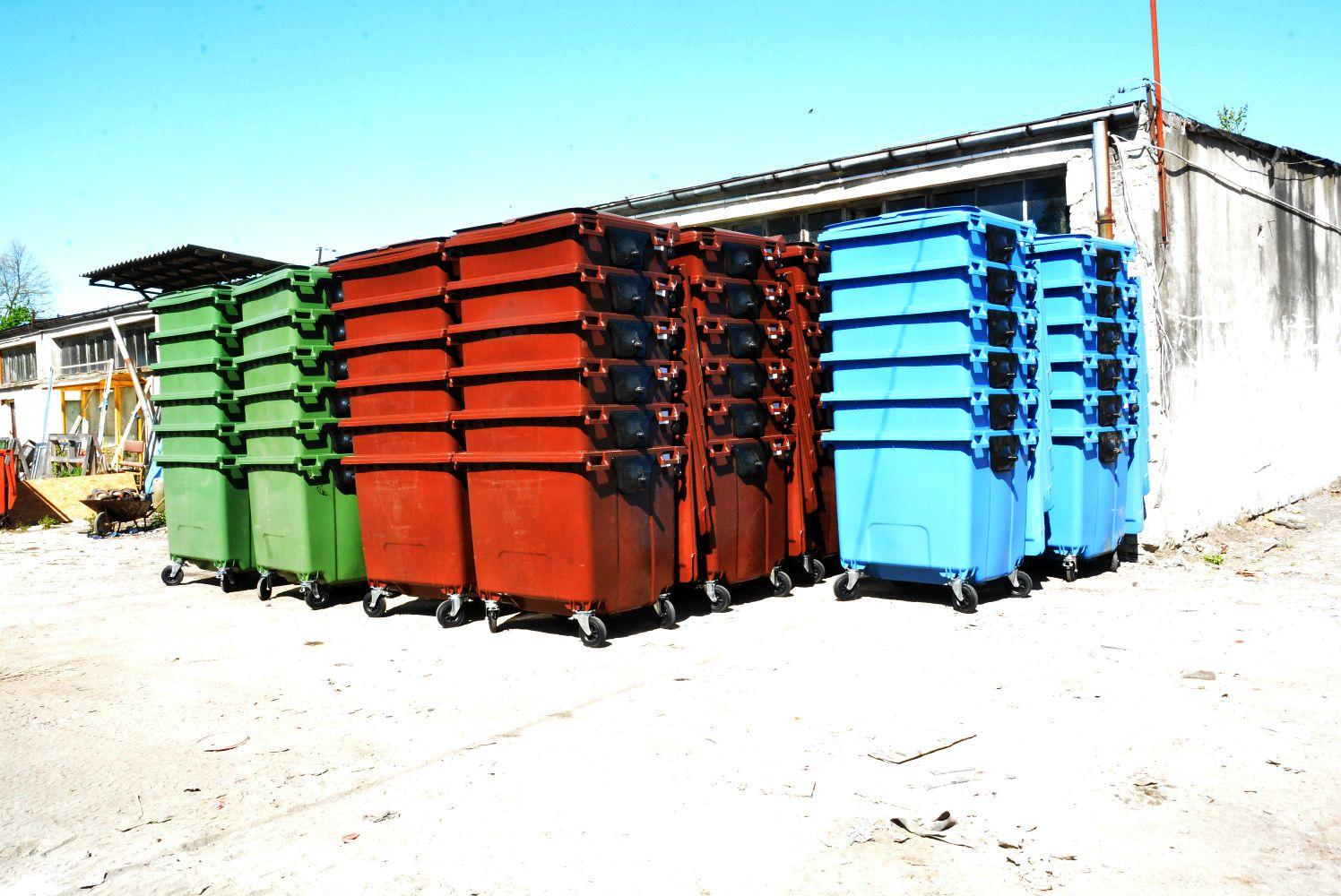 Zakup pojemników w celu usprawnienia selektywnej zbiórki odpadów