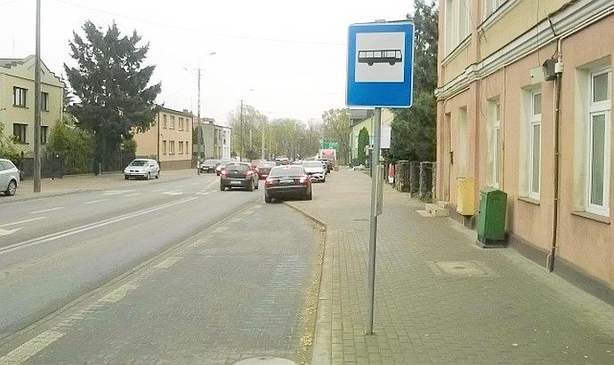 Przystanek-autobusowy-690x411