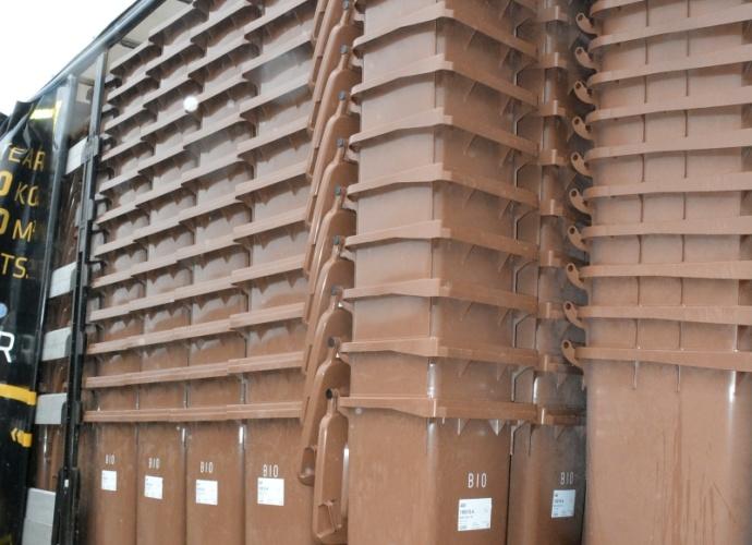 Transport pojemników na bioodpady 5